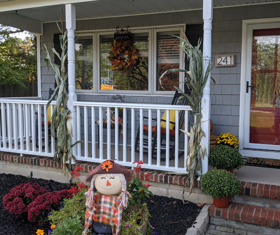 3 Fall Window Decorating Ideas